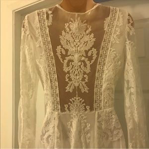 2/XS Free people lace dress with detailed back